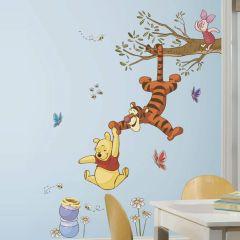 Winnie The Pooh   Fun Climbing Wall Sticker